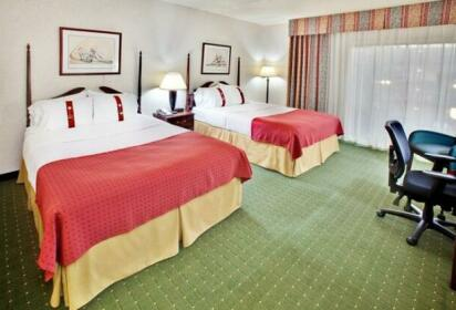 Holiday Inn Des Moines-Airport Conference Center