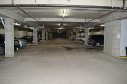 Ingersoll Square 208