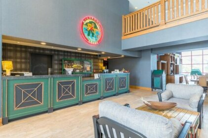 Wildwood Lodge & Suites