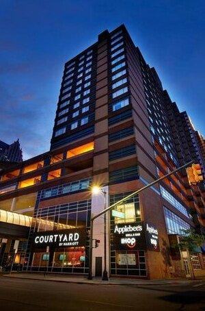 Courtyard Detroit Downtown