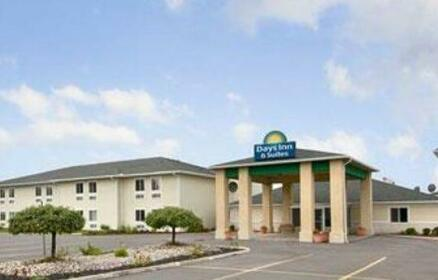 Days Inn & Suites by Wyndham Dundee