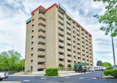 Quality Inn & Suites Fayetteville