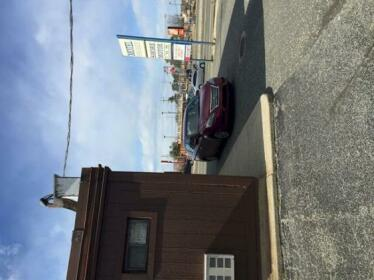 Shore Motor Inn