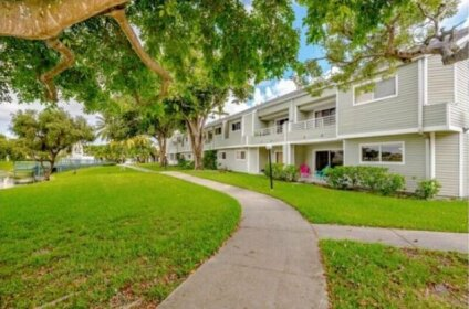 Lake Apartment 5 miles from For Lauderdale Beach