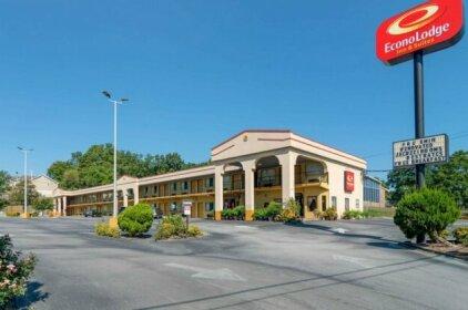Econo Lodge Inn & Suites Fort Oglethorpe