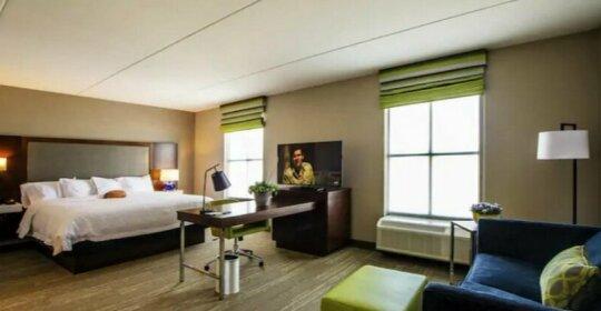 Hampton Inn & Suites/Foxborough/Mansfield