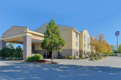 Fairfield Inn & Suites by Marriott Lexington Georgetown College Inn