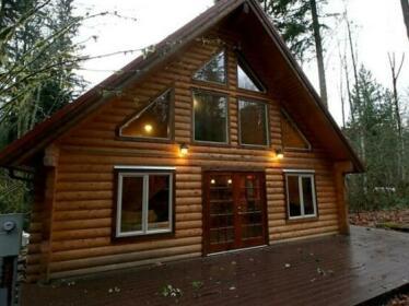 Cabin in Glacier Springs 21