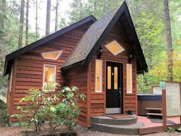 Gingerbread Cottage 16