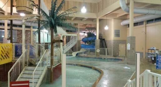 Grand Forks Inn & Suites