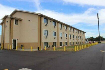 Super 8 by Wyndham Wyoming Grand Rapids Area Hotel