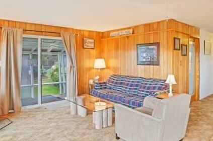 Lussier Beach Cabin