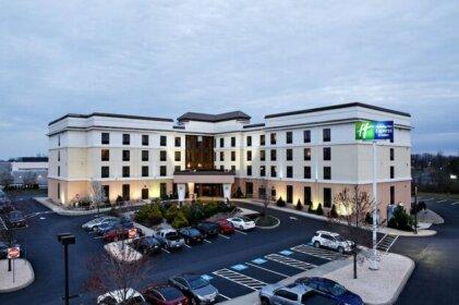 Holiday Inn Express Harrisburg West