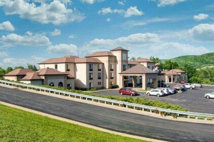 Comfort Inn & Suites Milford Cooperstown