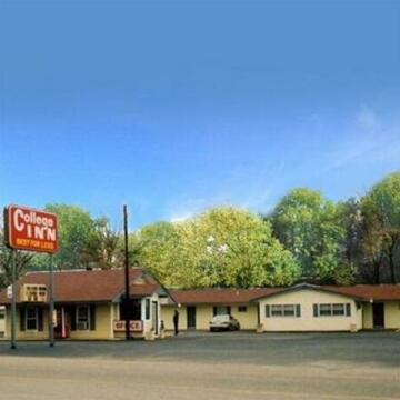 College Inn Motel Henderson Tennessee