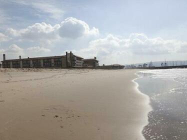 RedAwning HB Beach Beauty 2