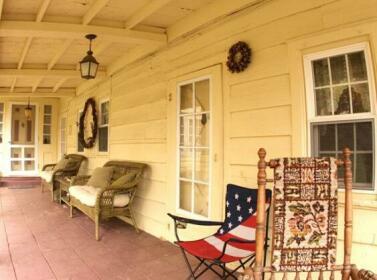 The Garrison House Historic Inn