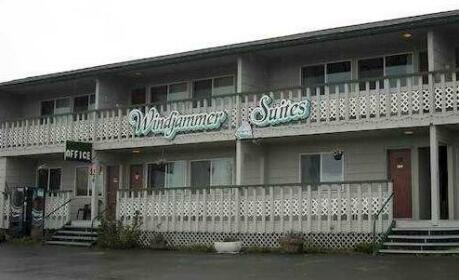 Windjammer Suites