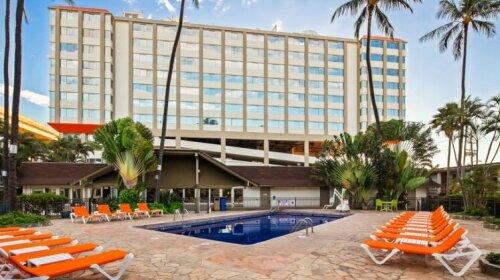 Best Western The Plaza Hotel - Free Breakfast