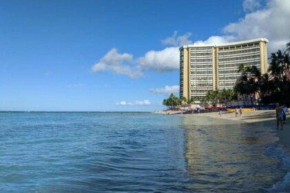 Island Colony Waikiki Honolulu
