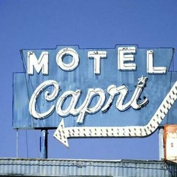 Capri Motel Hot Springs