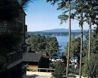 South Shore Lake Resort