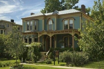 The Croff House Bed & Breakfast