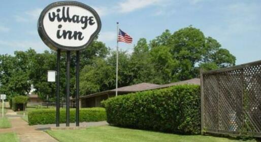 The Village Inn Hugo