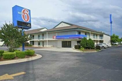 Motel 6 Huntsville - Madison