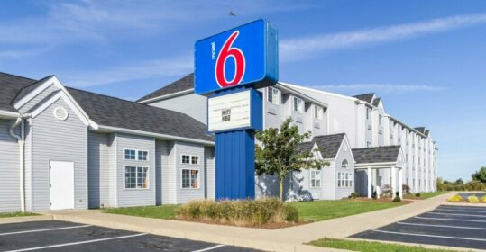 Motel 6 Sandusky - Huron