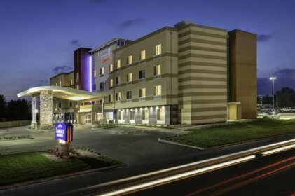 Fairfield Inn and Suites Hutchinson
