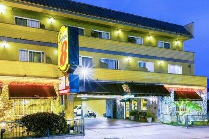 Super 8 by Wyndham Inglewood LAX LA Airport Hotel