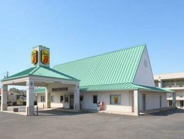 Super 8 Motel Jackson Tennessee