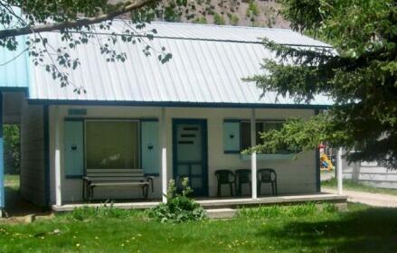 Iron Kettle Cabin Vacation Rental
