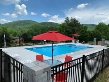 Cloud 9 Inn & Suites Lake George