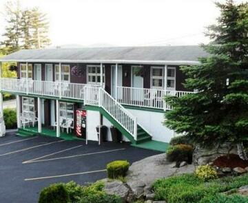 Pinebrook Motel