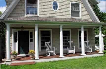 Elegant Acorn Cottage - Lodge In The Village Of Lake Placid