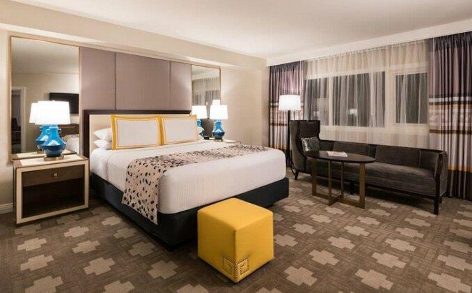 Caesars Palace Hotel & Casino- Photo2