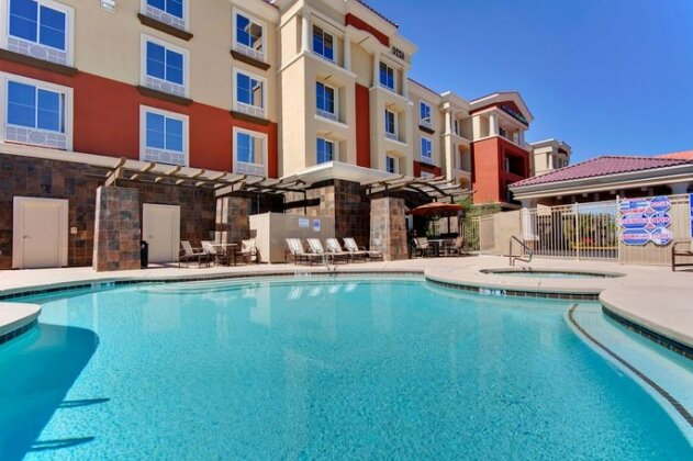 Holiday Inn Express Hotel and Suites SW Spring Valley- Photo2
