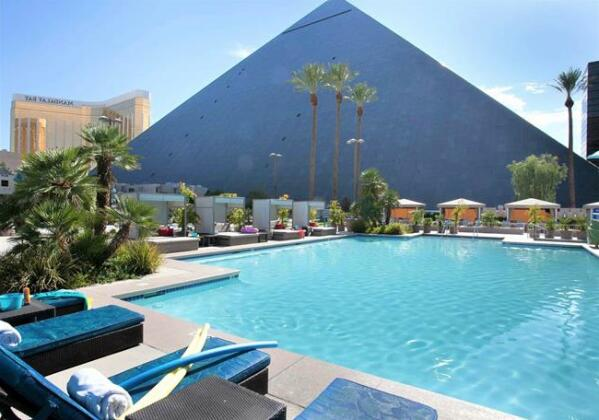 Luxor Las Vegas - Photo3