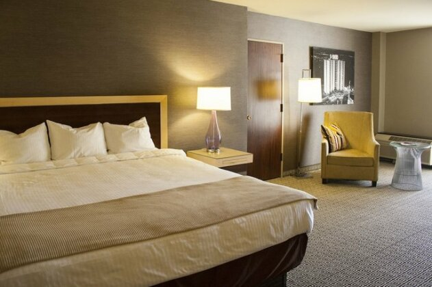 Plaza Hotel & Casino- Photo4