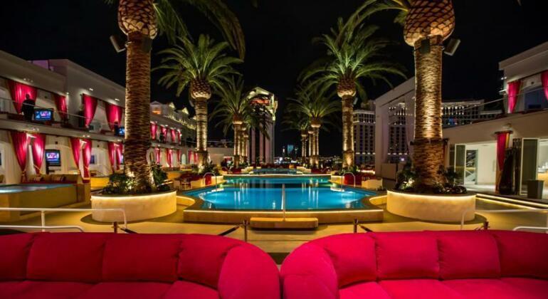 The Cromwell Hotel & Casino- Photo4