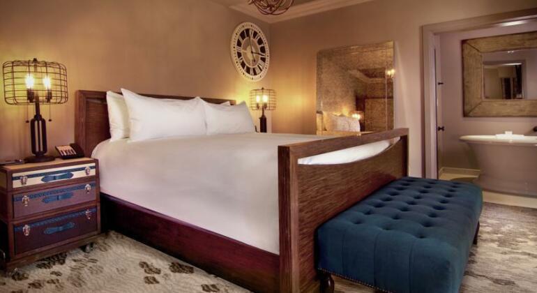 The Cromwell Hotel & Casino- Photo5