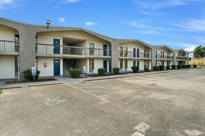 Motel 6 Lexington KY - North