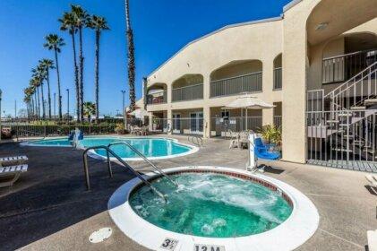 Motel 6 Lodi