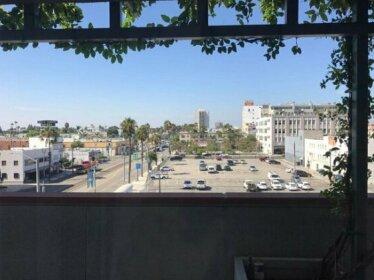 Deluxe Lofts In Downtown Long Beach