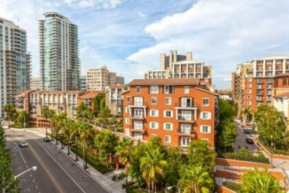 Global Luxury Suites at Seaside Way