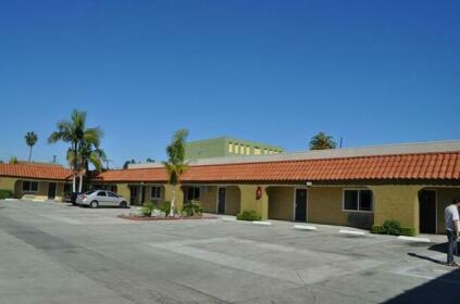 Rocky Inn Long Beach