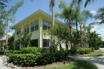 ResortQuest Vacation Rentals Country Club Shores Longboat Key