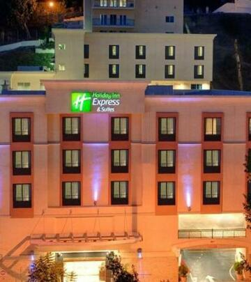Holiday Inn Express Hotel & Suites Hollywood Hotel Walk of Fame